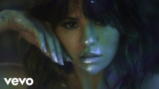 Selena Gomez – Rare (Official Music Video)